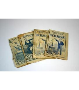 TOUSEY BOOKLETS BY ANDERSON/4 LIBROS INGLES/MAGICANTIC/5161